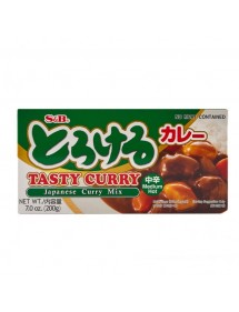 CURRY S&B - TASTY CURRY SAUCE MIX - MEDIUM HOT 200g.
